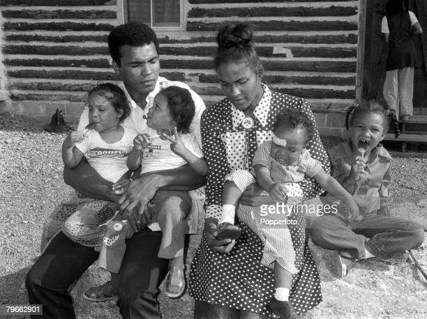 Sport Boxing Pennsylvania USA 22nd August 1973 Former Heavyweight World Champion Muhammad Ali is pictured with his wife Belinda and their four...