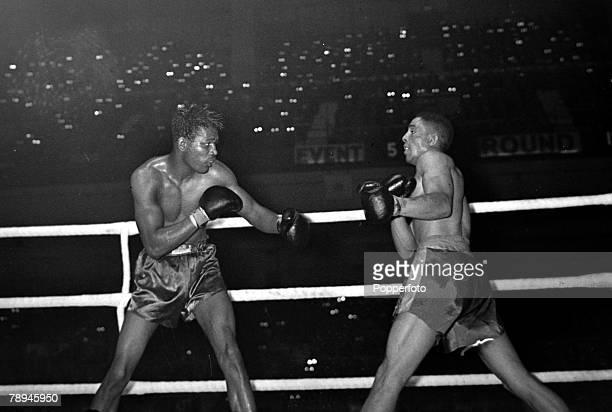 11th February 1951 World Middleweight Championship at Earls Court London Great Britain's Randolph Turpin right on his way to beating USA's Sugar Ray...