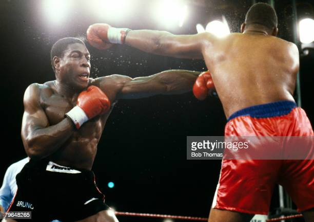 19th July 1986, WBC, World Heavyweight Championship, Wembley, Tim Witherspoon beat Frank Bruno , Tim Witherspoon, right, k,o'd Frank Bruno in the...