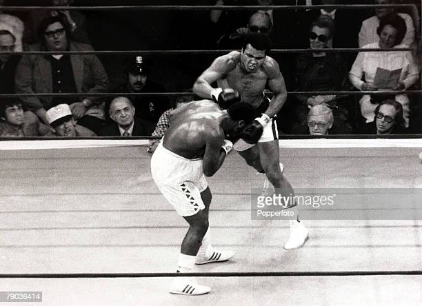 Sport Boxing World Heavyweight Championship 8th March 1971 Madison Square Garden New York USA Joe Frazier beat Muhammad Ali The unsuccessful...