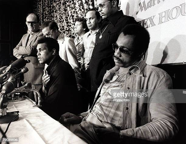 Sport Boxing Yankee Stadium New York 28th September 1976 Heavyweight Championship of the World Muhammad Ali is pictured at the postfight press...