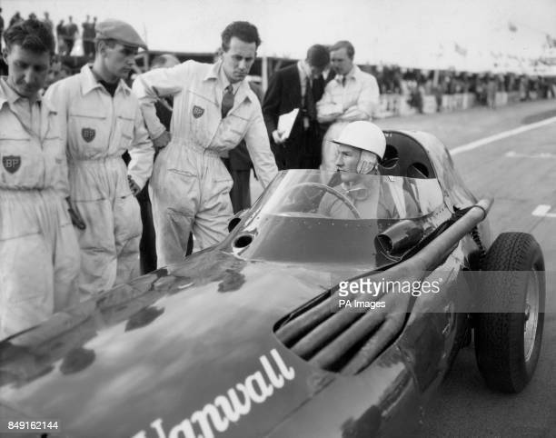 Formula 1 1950 pictures and photos getty images for Moss motors used cars airport