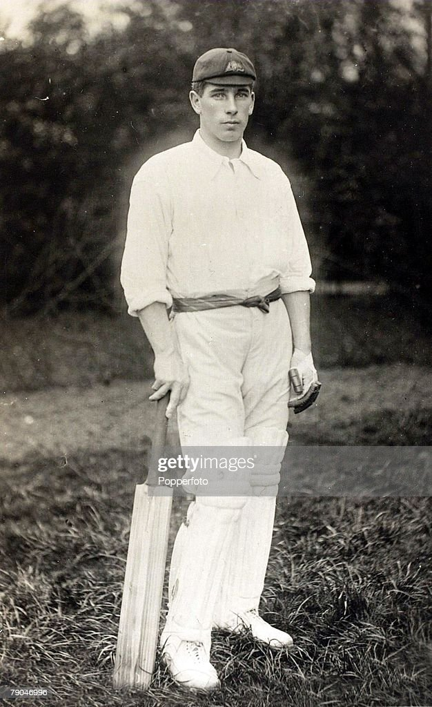 Sport. Cricket. Circa 1905. A picture of Clement Hill who played for South Australia and Australia (first class career 1892-1923). : News Photo