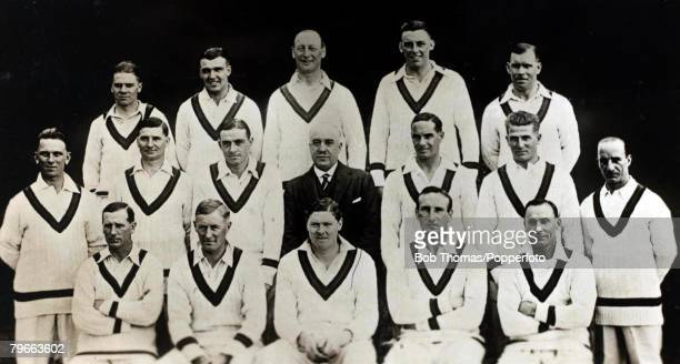 Sport, Cricket, Circa 1928-1929, The England team that brought back the Ashes from Australia, Back row: L-R: T, Duckworth, L, Ames, C, P, Mead, M, W,...