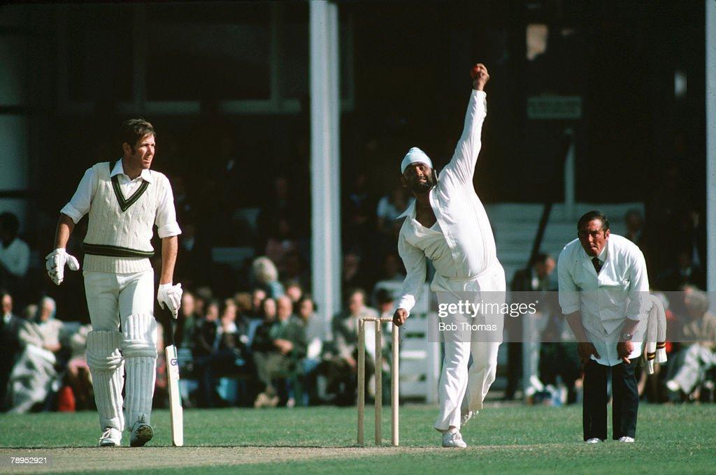 Sport. Cricket. pic: 1977. Northamptonshire v Australia at the County Ground, Northampton. Northamptonshire's Bishen Bedi bowling as Australia batsman Rick McCosker looks on. : News Photo