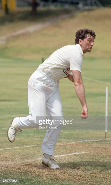 1989 The Rebel Tour to South Africa Greg Thomas fast bowler who played in 5 Test matches for England in 1986