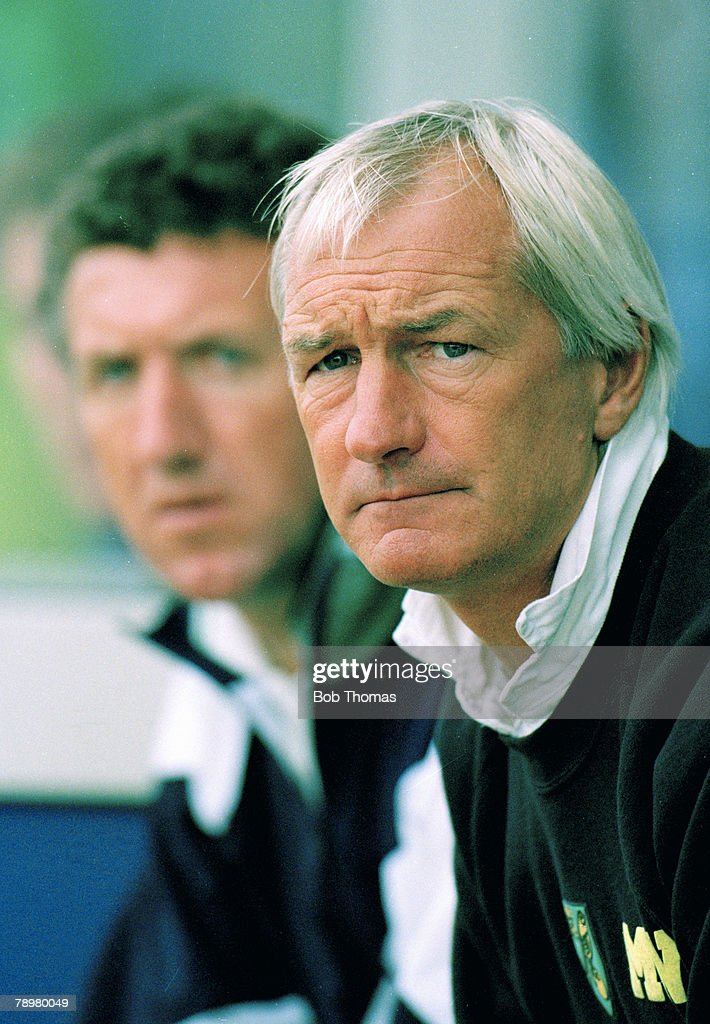 Sport. Cricket. pic: 1993. Mike Walker, Norwich City Manager 1992-1994 and 1996-1998. : News Photo