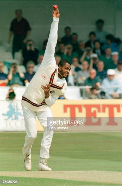 24th May 1995 Texaco Trophy Trent Bridge Nottingham West Indies pace bowler Courtney Walsh in action Courtney Walsh one of the great fast bowlers...