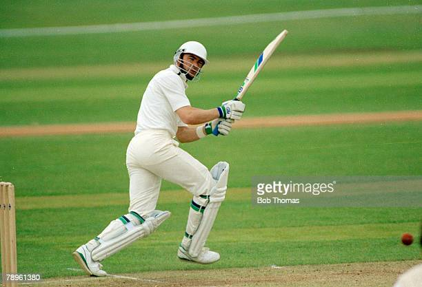 circa 1989 Tim Robinson Nottinghamshire in actionTim Robinson an opening batsman played in 29 Test matches between 19841989