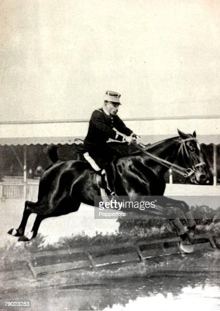 Sport, Equestrian, 1900 Olympic Games, Paris, France, Grand Prix Jumping, Individual, France's Monsieur Pierre de Champsavin riding Terpsichore to...