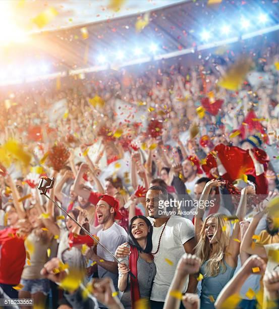 Sport-fans : Glückliche Freunde Jubeln