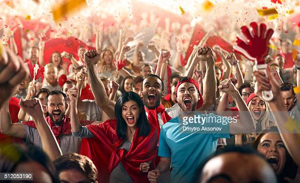 sport fans - cheering stock pictures, royalty-free photos & images