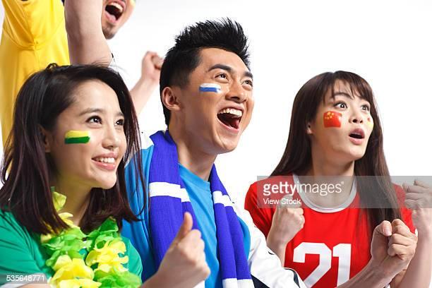 sport fans - da cintura para cima imagens e fotografias de stock