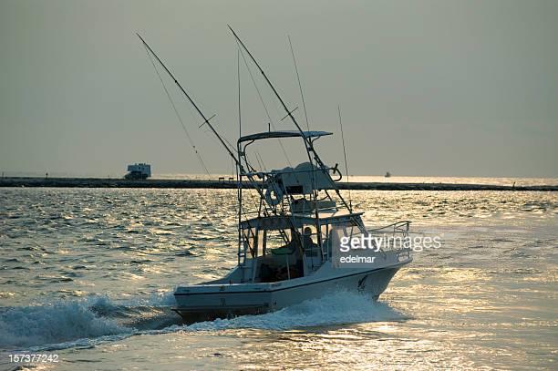 Bateau de pêche chefs de la mer