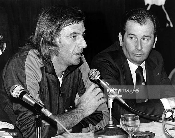 Sport Football 12th May 1980 Argentina Football Manager Cesar Menotti sits beside Julio Grondona President of the Argentine Football Association at a...