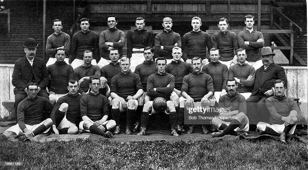 Sport, Football, 1905-1906, The Liverpool F,C, team pose together for a group photograph, Back row, L-R: J,Carlin, A,West, C,Wilson, S,Hanly, E,Doig, W,Dunlop, D,Murray, J,Hewitt, Middle row, L-R: W,Connell, (Trainer), Jas,Hughes, G,Latham, John Hughes, W : News Photo