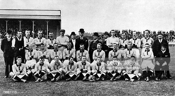 Sport Football 19051906 The Portsmouth FC team pose together for a group photograph Back row LR PGWhitney TCowper TWStewart RWalker TBowman GHarris...
