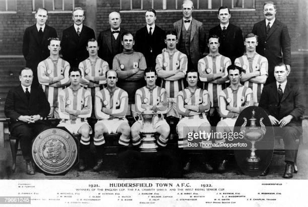 Sport Football 1922 Huddersfield Town F C English Cup Winners Team Group D Parker R Mitchell W Dawson J Barlow A B Hirst J H Raynor and N Robinson J...