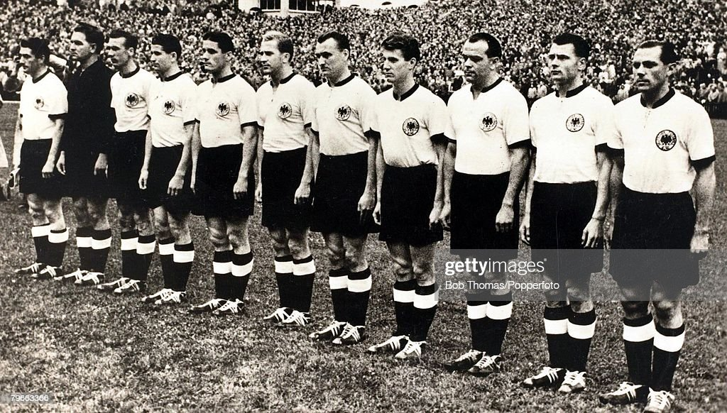 Sport, Football, 1954 World Cup Final, Bern, 4th July 1954, West Germany 3 v Hungary 2 West Germany, who became the World Champions: L-R: F, Walter; captain, Turek, Eckel, Rahn, O, Walter, Liebrich, Posipal, Schafer, Kohlmeyer, Mai and Morlock
