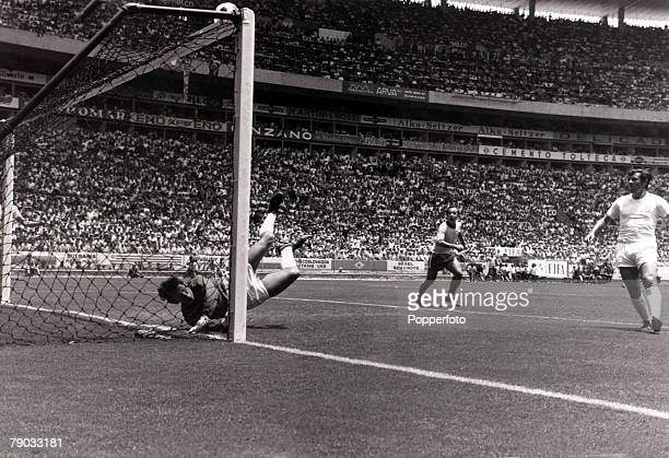 Sport Football 1970 World Cup Finals Guadalajara Mexico 7th June 1970 Group 3 England 0 v Brazil 1 England goalkeeper Gordon Banks makes his famous...