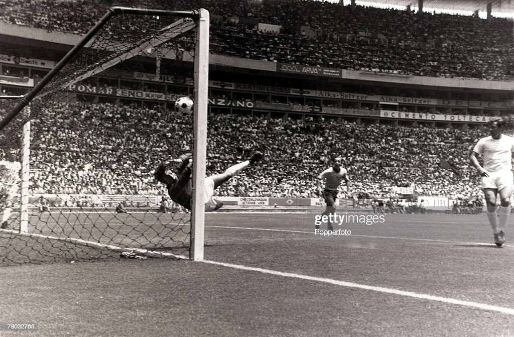Sport. Football. 1970 World Cup Finals. Guadalajara, Mexico. Brazil 1 v England 0. 7th June 1970. England goalkeeper Gordon Banks makes his spectacular save from a 'goalbound' header from Brazil's Pele, pushing the ball down into the ground and over the b : News Photo