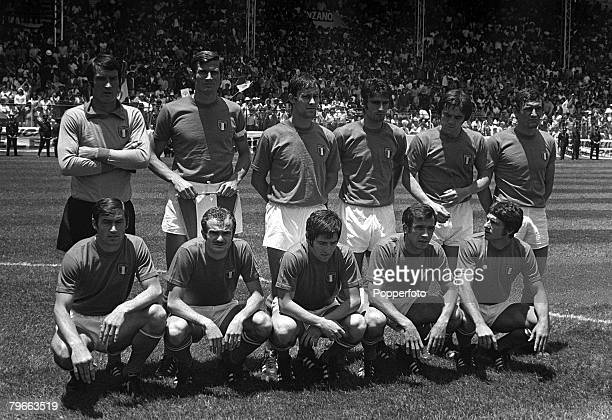 Sport Football 1970 World Cup QuarterFinal Toluca Mexico 14th June 1970 Italy 4 v Mexico 1 The Italian team pose for a group photograph before the...