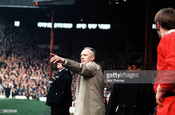 Sport Football 1970's Liverpool's legendary manager Bill Shankly points to show his team the way in a show of tactics
