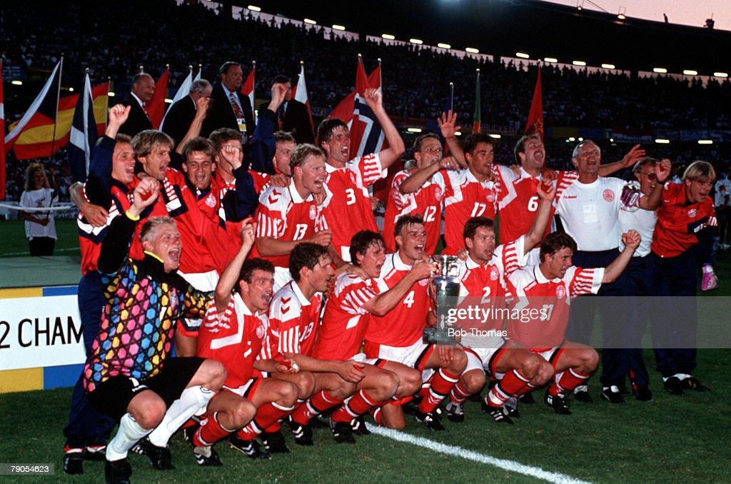Sport, Football. 1992 European Championships Final. Gothenburg, Sweden. Denmark 2 v Germany 0. 26th June, 1992. The team celebrate their win. : News Photo