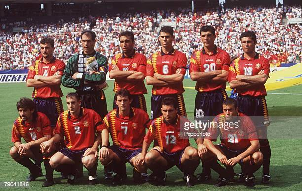 Sport Football 1994 World Cup Finals Second Phase Washington USA 6th July Spain 3 v Switzerland 0 The Spanish team group before the game