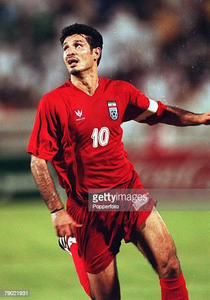 Sport Football 2002 World Cup Qualifier AFC Second Round Group A Jeddah 28th September 2001 Saudi Arabia 2 v Iran 2 Iran's Ali Daei