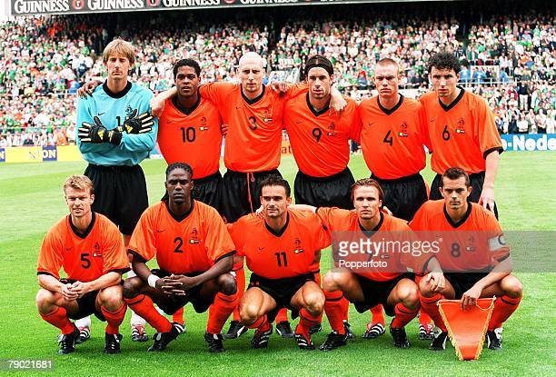 Sport Football 2002 World Cup Qualifier Dublin 1st September 2001 Group 2 Republic of Ireland 1 v Holland 0 The Holland team line up together for a...