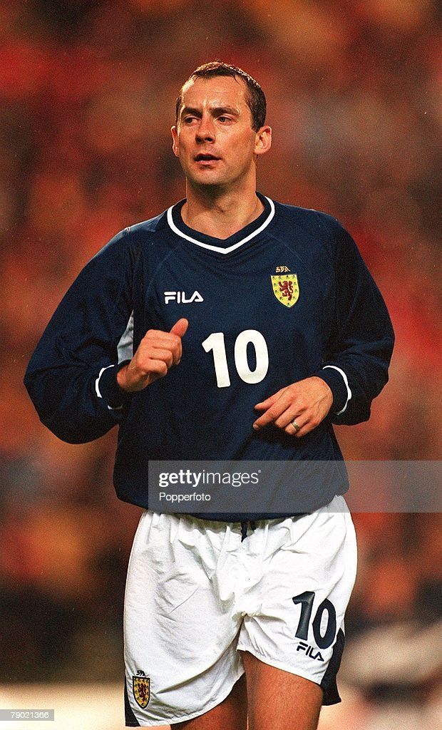 Sport. Football. 2002 World Cup Qualifier. Group 6. Brussels. 5th September 2001. Belgium 2 v Scotland 0. Scotland's Don Hutchison. : News Photo