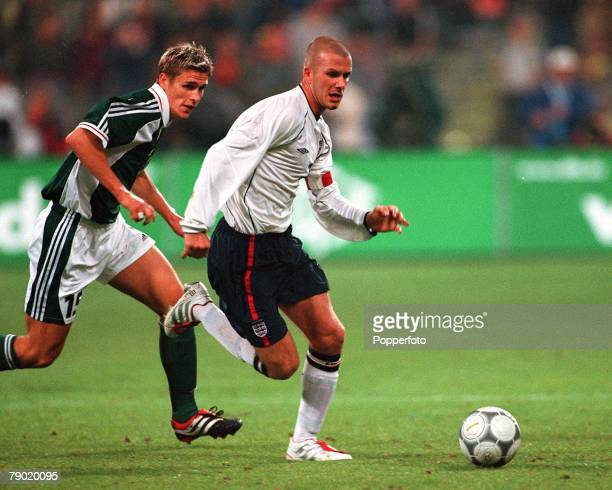 Sport Football 2002 World Cup Qualifier Group 9 Munich 1st September 2001 Germany 1 v England 5 England captain David Beckham moves away from...