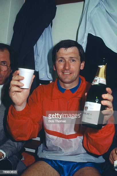 Sport Football 2nd Division Playoff Final 2nd Leg pic 28th May 1988 Middlesbrough beat Chelsea 21 on aggregate Middlesbrough Manager Bruce Rioch...