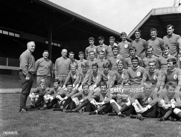 Sport Football Anfield England Liverpool FC Manager Bill Shankly is pictured with his players prior to the 196869 season