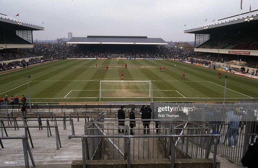 BT Sport, Football, Arsenal F,C, pic: circa 1980's, Arsenal's Highbury Stadium : News Photo