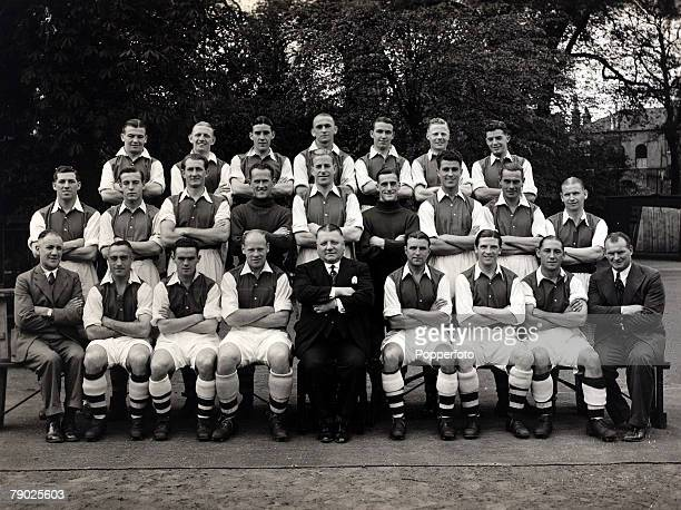 Sport Football Arsenal FC19381939 Arsenal managed by Herbert Chapman were one of the great teams of the 1930's and in this team group players...