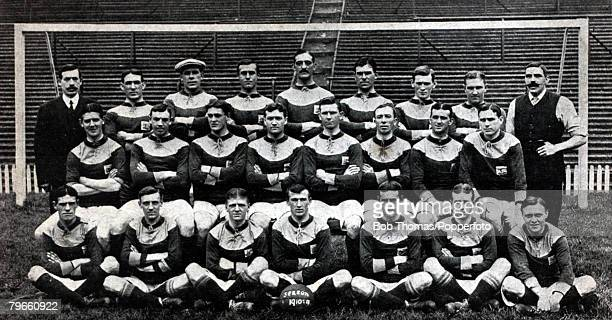 Sport Football Bradford City FC 19101911 Back row LR Menzies O'Rourke Maskrey Spiers Mellors Spendiff Chaplin Campbell Harper Middle row LR Lintott...