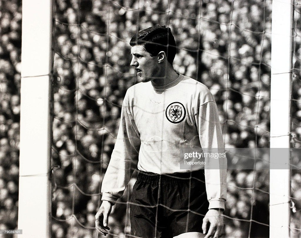 Sport. Football. British Championship. Hampden Park, Glasgow. 2nd April 1966. Scotland 3 v England 4. Scotland goalkeeper Bobby Ferguson guards his goal. : News Photo