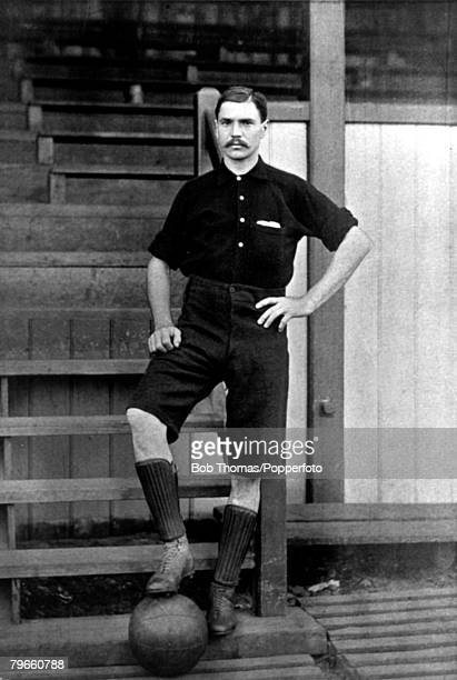 Sport Football circa 1895 TPowell Woolwich Arsenal a heavily built full back