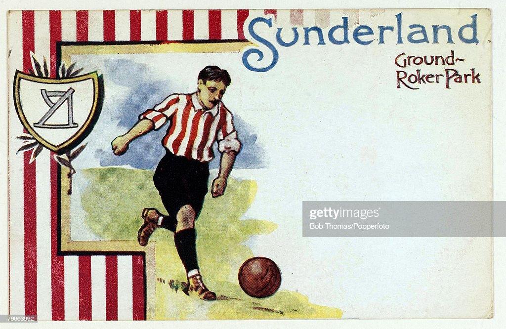 Sport, Football, Circa 1905, Colour postcard illustration, Sunderland F,C : News Photo