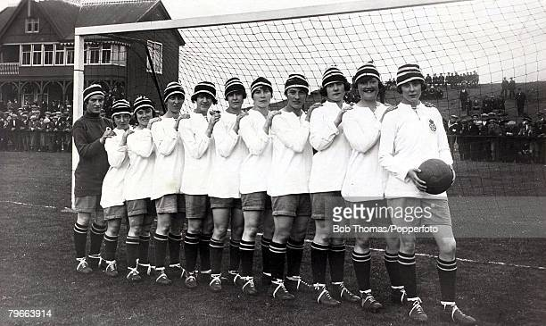 Sport Football Dick Kerr International Ladies AFC undefeated British champions in 19201921