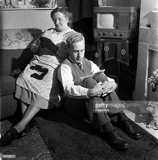 Sport Football England England and Wolverhampton Wanderers captain Billy Wright is pictured at home with his landlady Mrs Colley