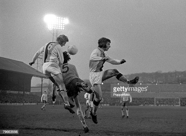 sport-football-english-league-division-one-london-england-1st-january-picture-id79663556