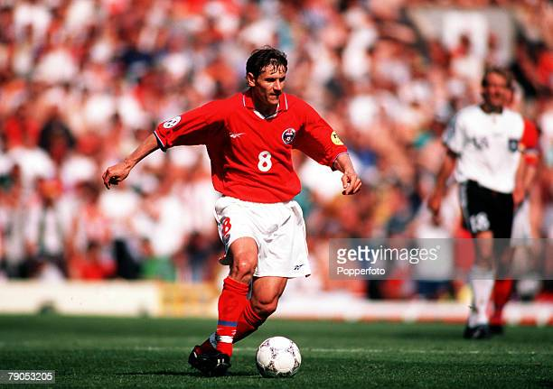 Sport Football European Championship 16thJune 1996 Russia 0 v Germany 3 Russia's Andrei Kanchelskis in action