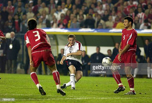 sport football european championship qualifier istanbul 11th october 2003 turkey 0 v england 0 england s wayne