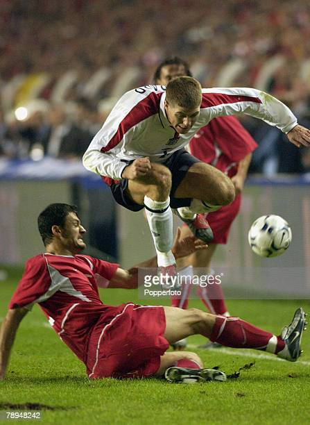 sport football european championship qualifier istanbul 11th october 2003 turkey 0 v england 0 england s steven