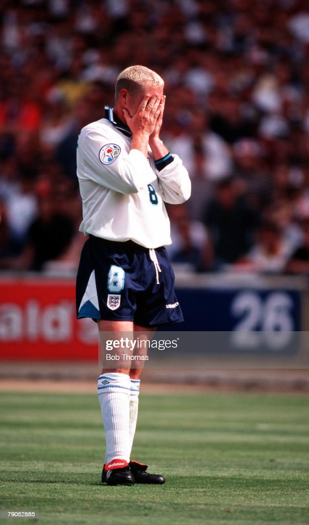 Sport, Football, European Championships, 15th, June 1996, (WEMBLEY), England 2 v 0 Scotland, Paul Gascoigne distressed after the referee awards Scotland a penalty