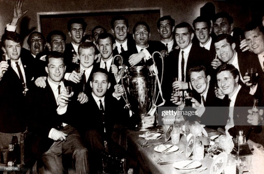Sport, Football, European Cup Final, Lisbon, Portugal, 25th May 1967, Celtic 2 v Inter Milan 1, The Celtic team are pictured with the trophy at their celebration banquet after the match, The team includes Steve Chalmers, Billy McNeill, Bobby Murdoch, Tommy Gemmell, Jimmy Johnstone, Bertie Auld, Bobby Lennox, Jim Craig, Ronnie Simpson, John Clark, Willie Wallace, The Manager of the team was Jock Stein