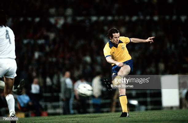 Sport Football European CupWinners Cup Final Brussels Belgium 14th May 1980 Arsenal 0 v Valencia 0 Arsenal's Liam Brady fires a leftfooted volley at...